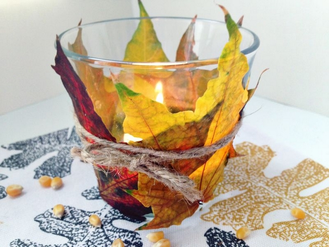Fall Candle Votiv Wrapped In Autumn Leaves