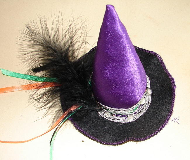 diy halloween witch hat kids costume feather lilac