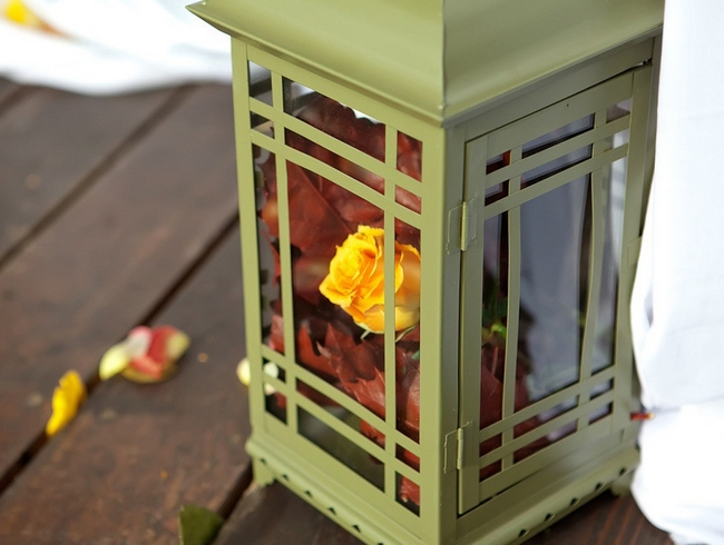 fall-decor-metal-candle-lantern-autumn-leaves-yellow-rose
