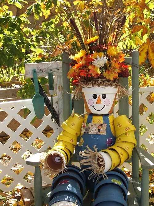fall-outdoor-decor-flower-pots-man-hair-flowers