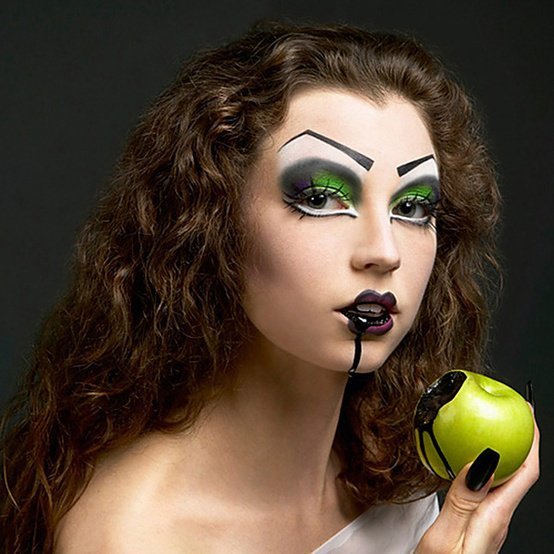 halloween makeup green apple black blood princess