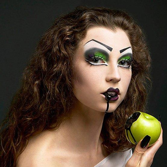 halloween makeup green apple black blood princess