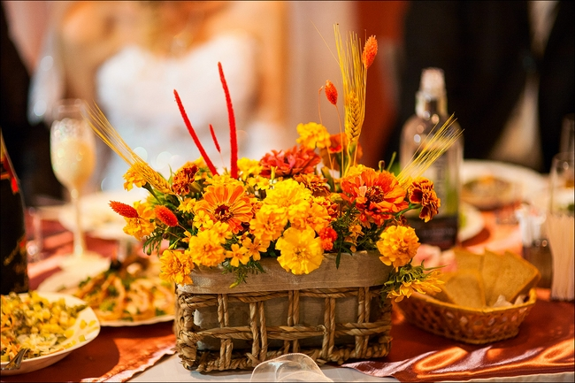 table-decorating-for-fall-ideas-orange-flowers-basket