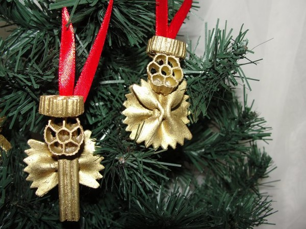 christmas tree crafts gold ornaments pasta angels