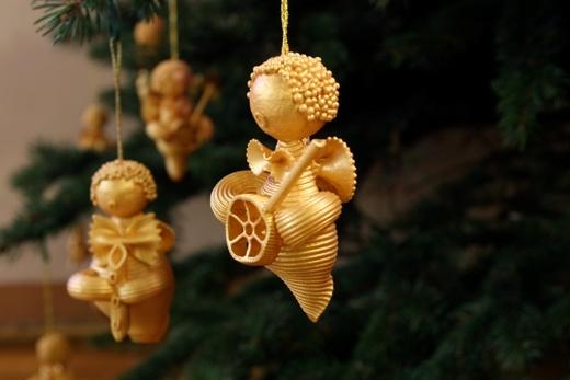 christmas tree ornaments kids pasta angels gold