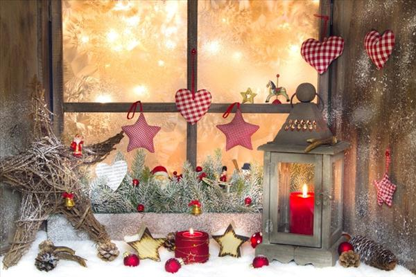 christmas window decorations display stars candles fabric ornaments