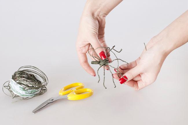 diy floral arrangements halloween making spider wire