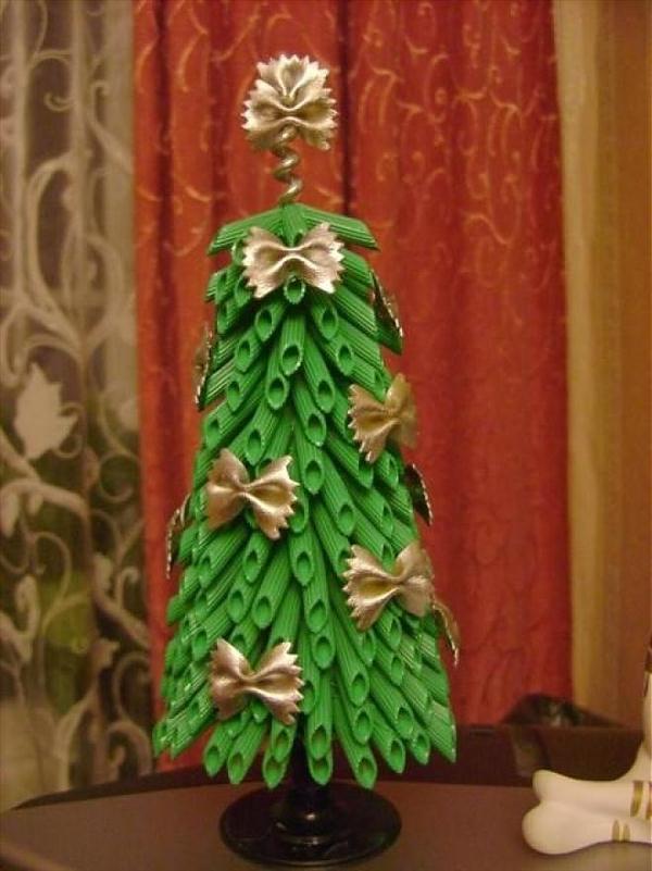 diy tabletop christmas tree green pasta golden ribbons