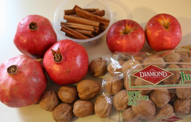 fall table decor make centerpieces pomegranates walnuts
