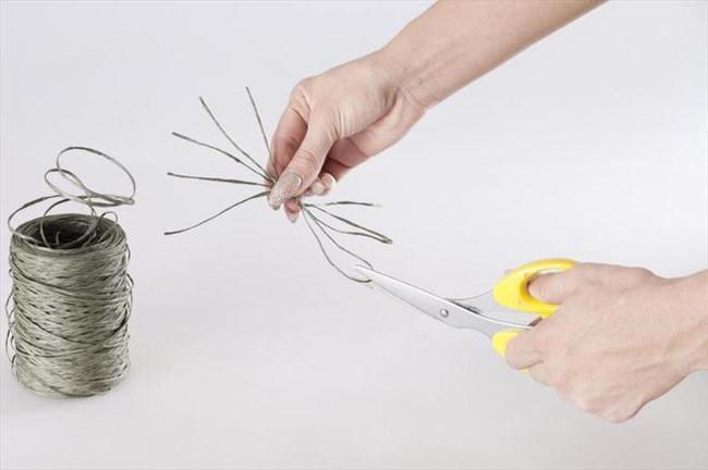 handmade pumpkin centerpiece halloween diy project spider idea