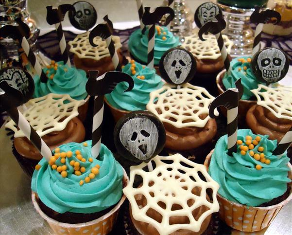 halloween cupcake decorations spooky ideas spider web ghost face