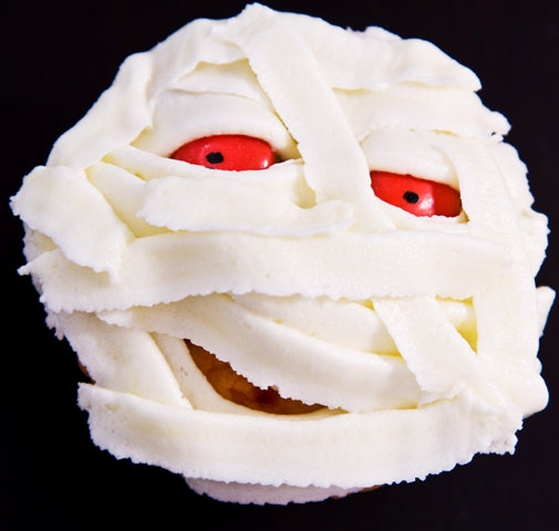 halloween cupcake mummy spooky idea candy eyes