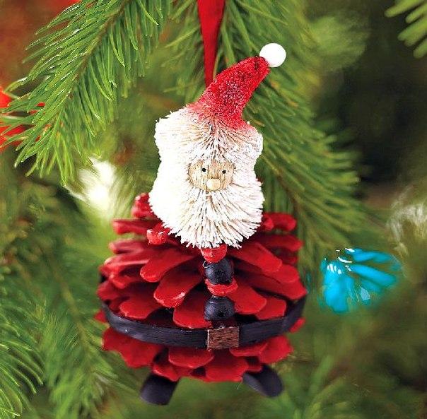 handmade-christmas-tree-ornaments-pinecone-red-santa-craft -