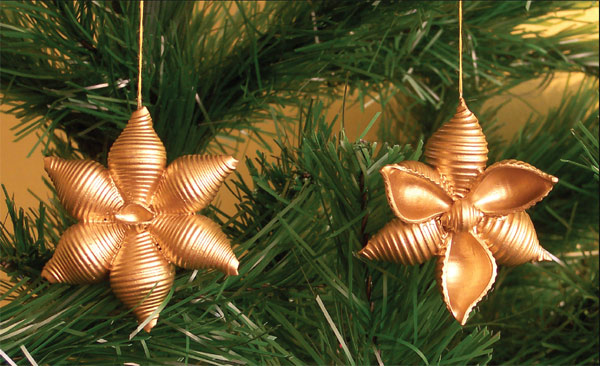 how to make pasta snowflakes tree ornaments gold Christmas crafts for kids