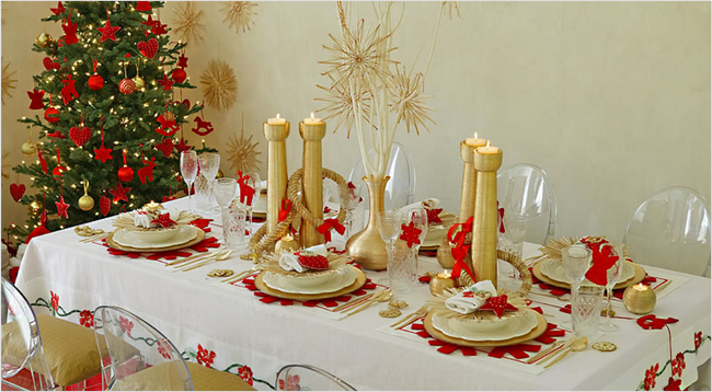 28 christmas dinner table decorations and easy diy ideas - Red And Gold Christmas Decoration Ideas