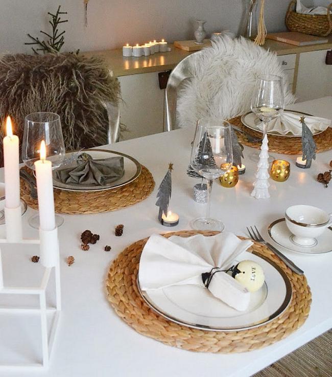 christmas-dinner-table-setting-natural-fiber-placemats-scandinavian-style