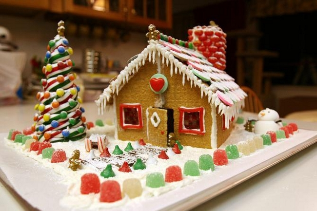 christmas gingerbread house landscape candy decorations - Gingerbread House Christmas Decorations