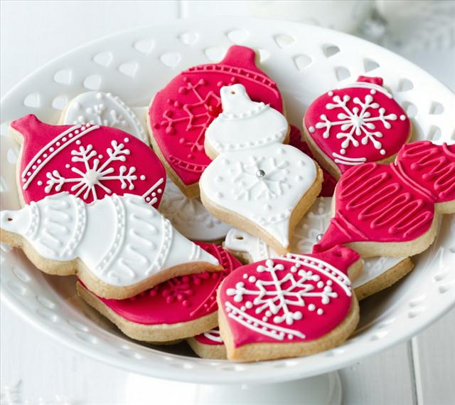 christmas treats gingerbread cookies white red frosting