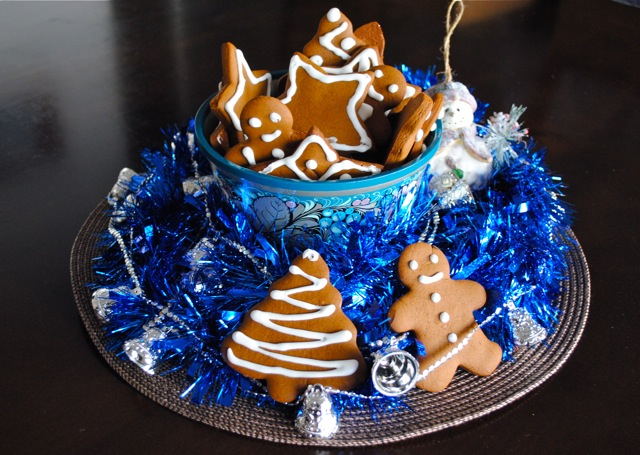 christmas treats centerpiece gingerbread cookies man stars christmas tree forms