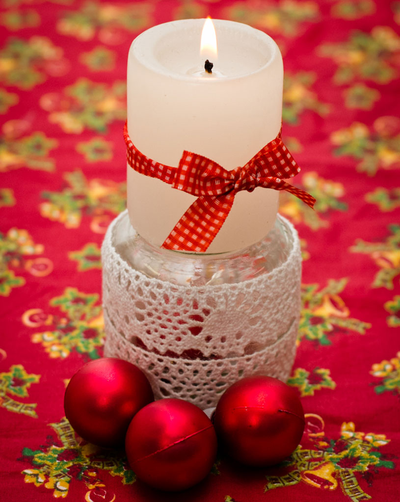 diy-christmas-decorations-baby-jar-candle-stand