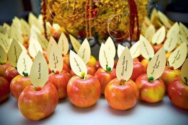 Diythanksgivingtabledecorationsapplesplacecards - Table decorating ideas for thanksgiving