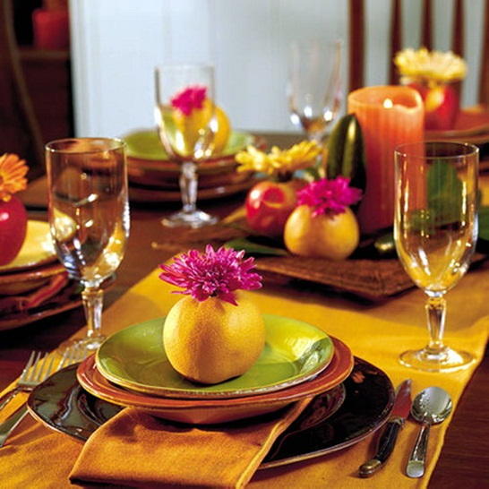 Thanksgiving Table Decorating: Diy-thanksgiving-table-decorations-orange-napkins-table