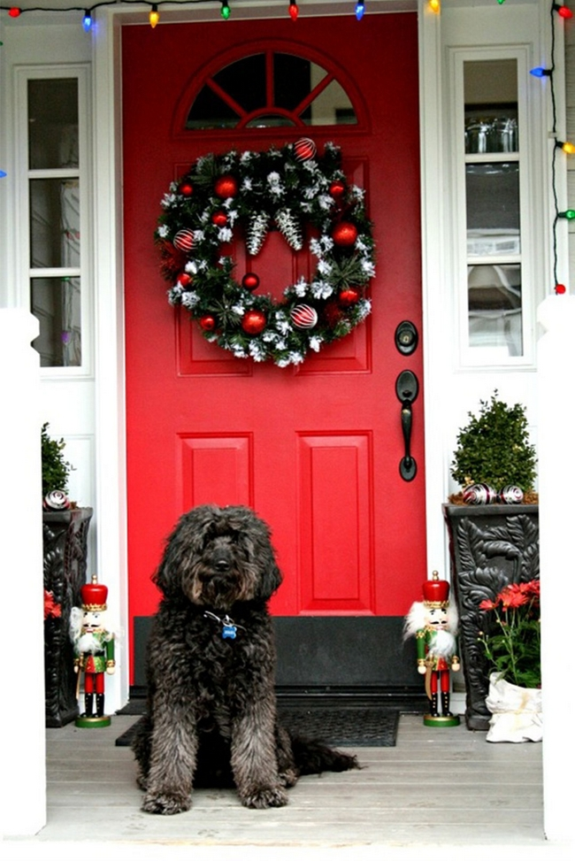 Delightful Front Door Christmas Decoration Ideas Wreath Colorful Light Chains