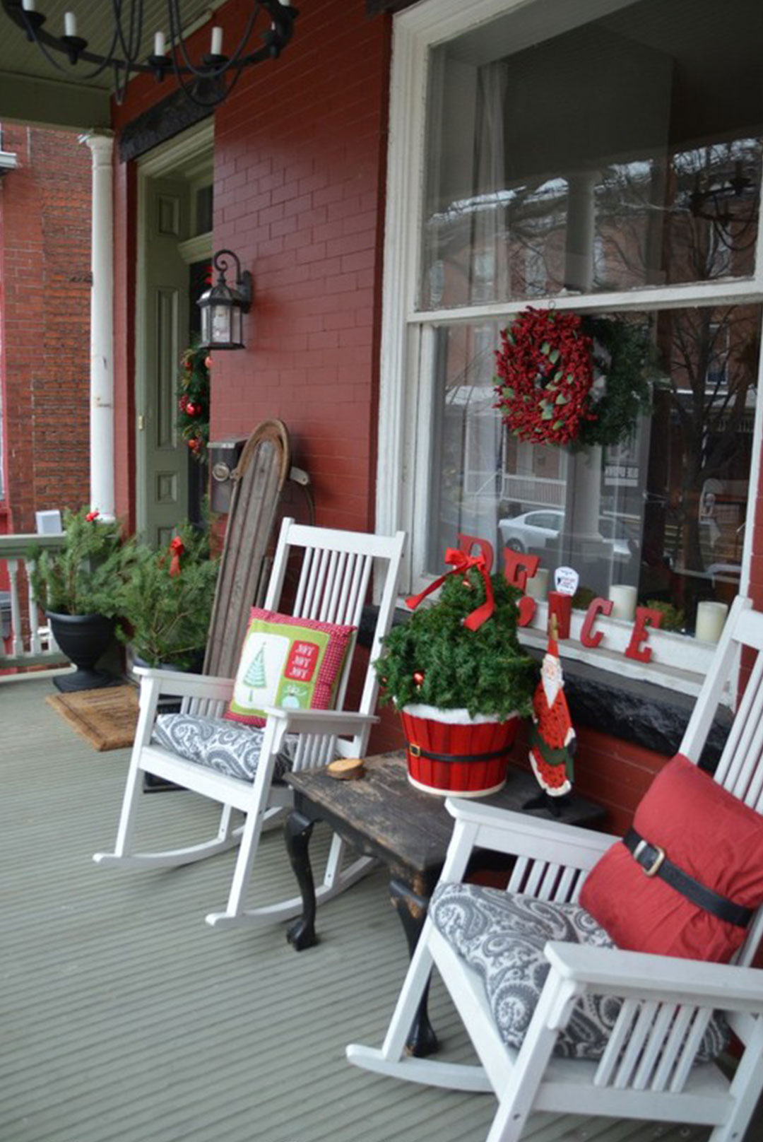 porch-christmas-decoration-planter-pillow-santa-costume