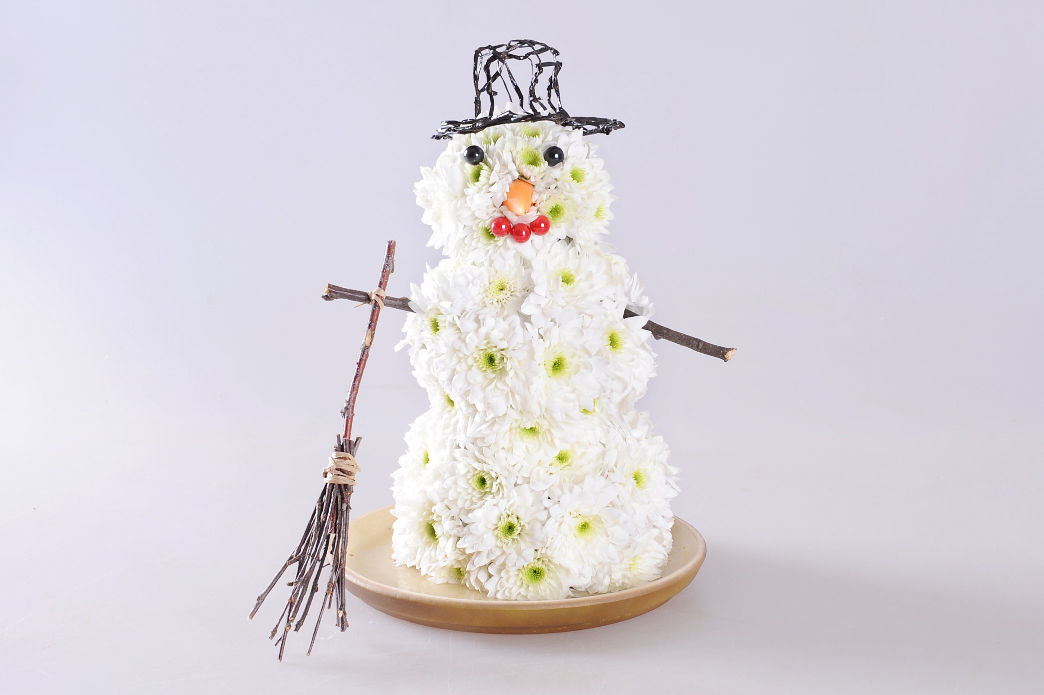snowman craft idea christmas decoration chrysanthemums