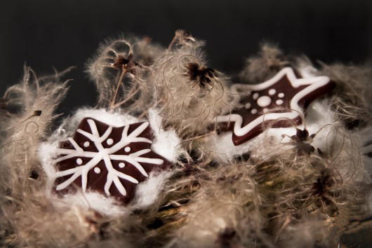 handmade-christmas-ornaments-polymer-clay-stars-white-decor