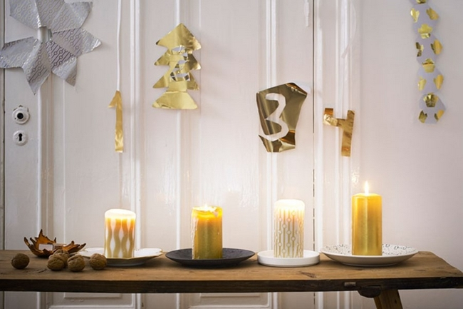 last-minute-diy-christmas-decorations-gold-white-pillar-candles-advent