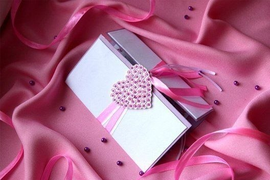 diy valentines day cards tutorial pailette heart pink ribbon