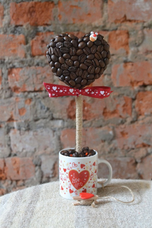 Homemade Valentine's Day gift ideas inspirations heart topiary tree coffee mug