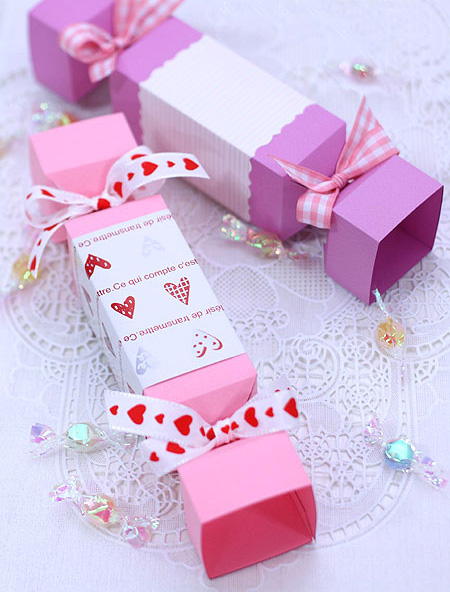 Making small candy valentine gifts wrapping ideas purple for Cute small valentines day gifts