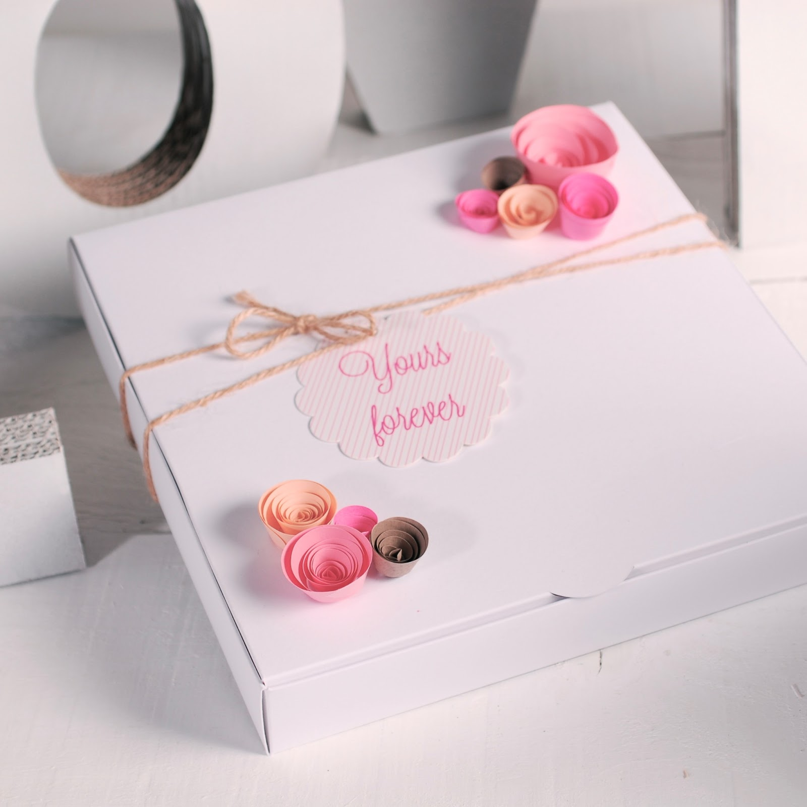 romantic-card-message-gift-wrapping-ideas-box-decoration -