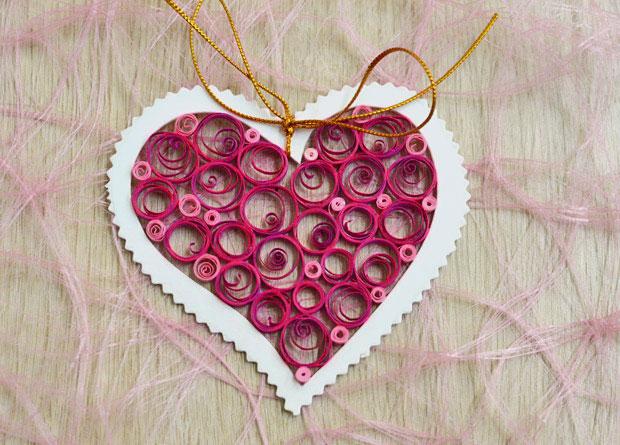 valentine paper quill