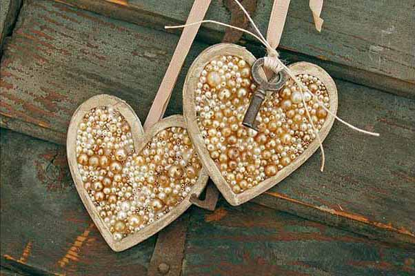 Valentineu0027s Day Decorating Ideas Home Hearts Pearls Key Heart