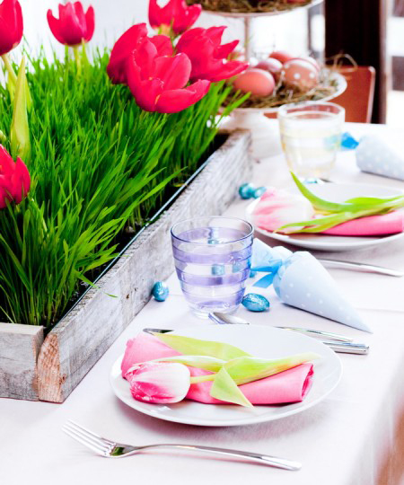 easter table diy easter crafts plates pink  tulips napkins blue treat bags