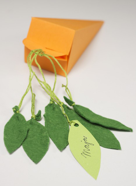 homemade easter treat bags paper orange carrot shaped kids ideas