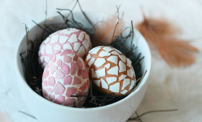 decorate-easter-eggs-mosaics-egg-shells