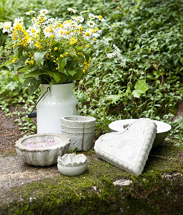diy concrete projects ideas patio decor bowls moulds