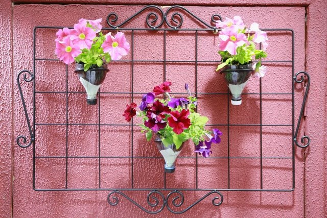 fun-plastic bottle recycling diy garden vases
