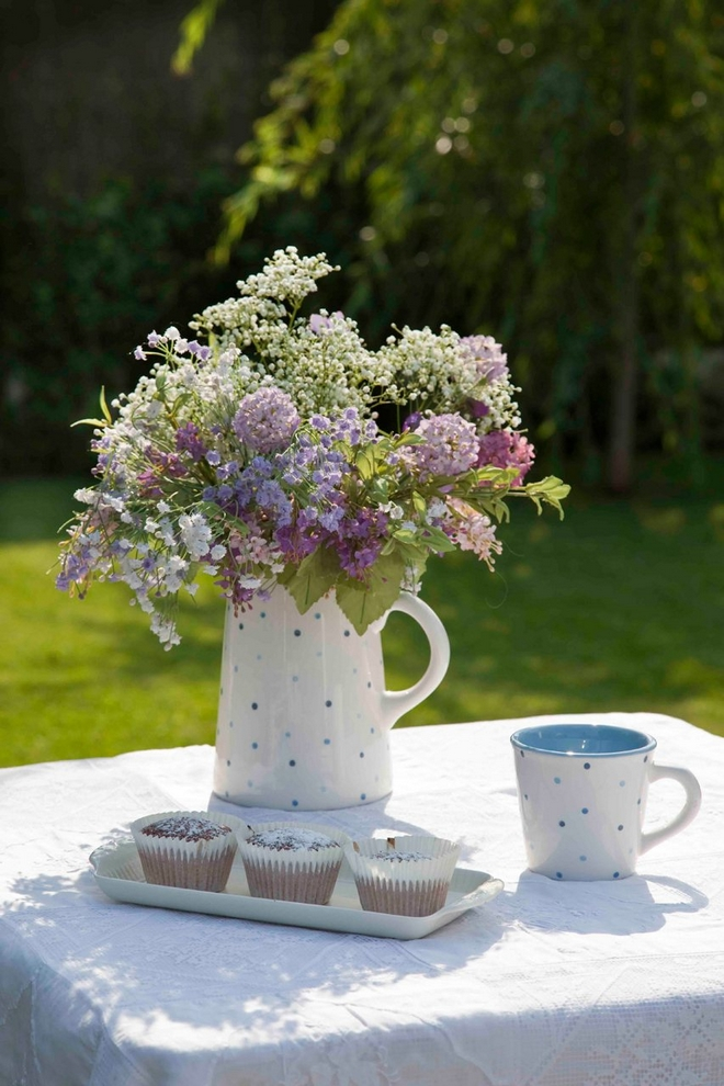 Diy Spring Table Decorations Garden Lilac Bouquetjug