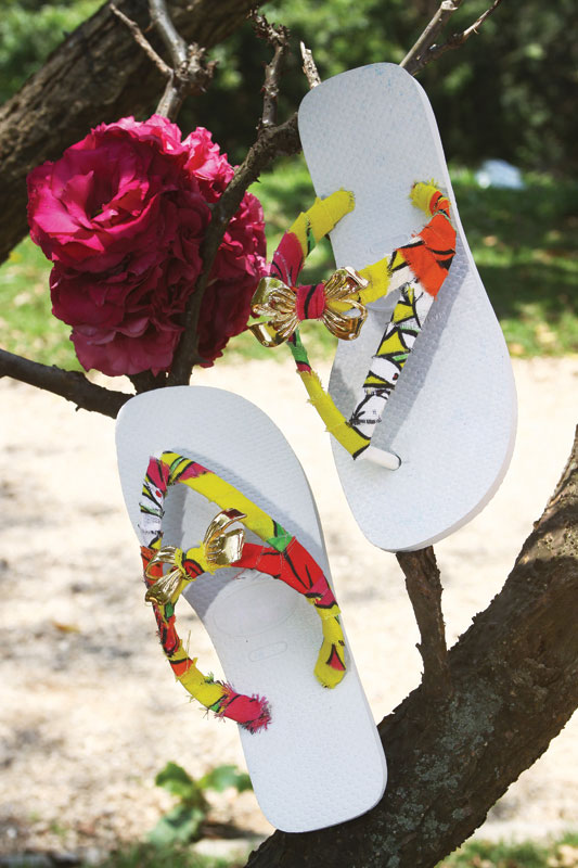 diy flip flop ideas fabric scraps embellishments golden ribbons ornaments