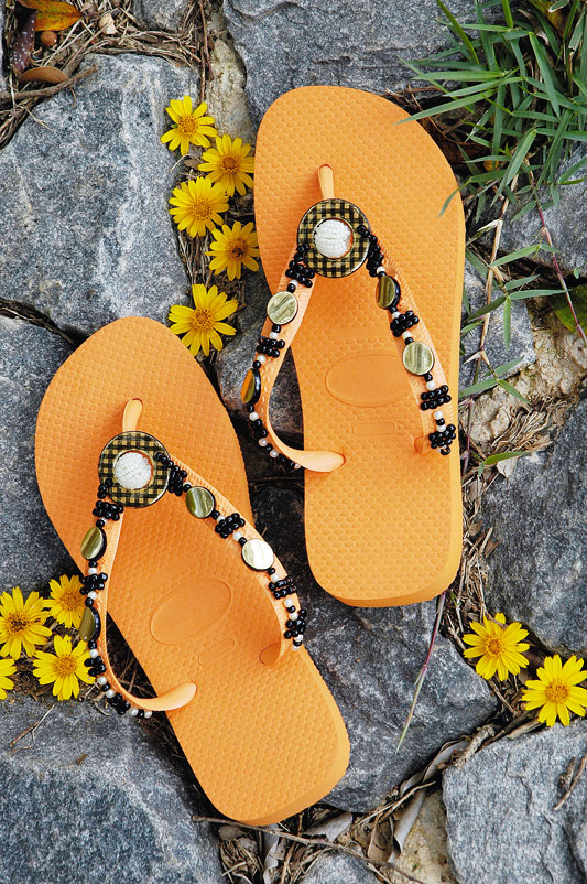 diy flip flop ideas orange black decorated beads