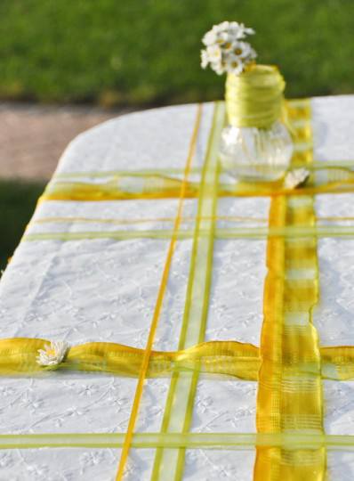 summer garden party table decorating ideas yellow green  colors