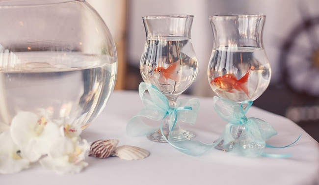 beach-themed-wedding-goldfishes-ceremony-symbol-love