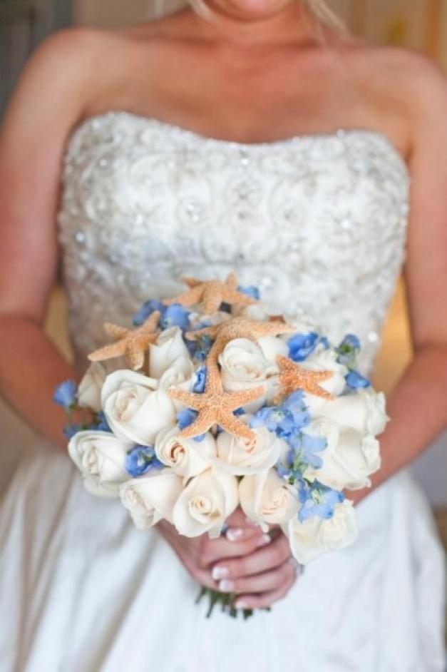 bridal bouquet white roses forget me not starfishes