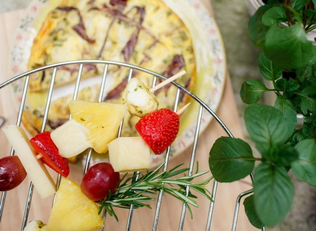 fruit cheese skewers picnic food idea