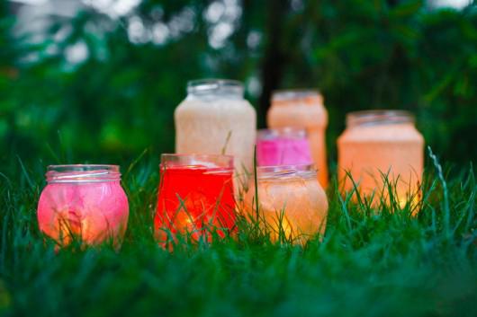 lanterns grass picnic idea glass jars rise paper